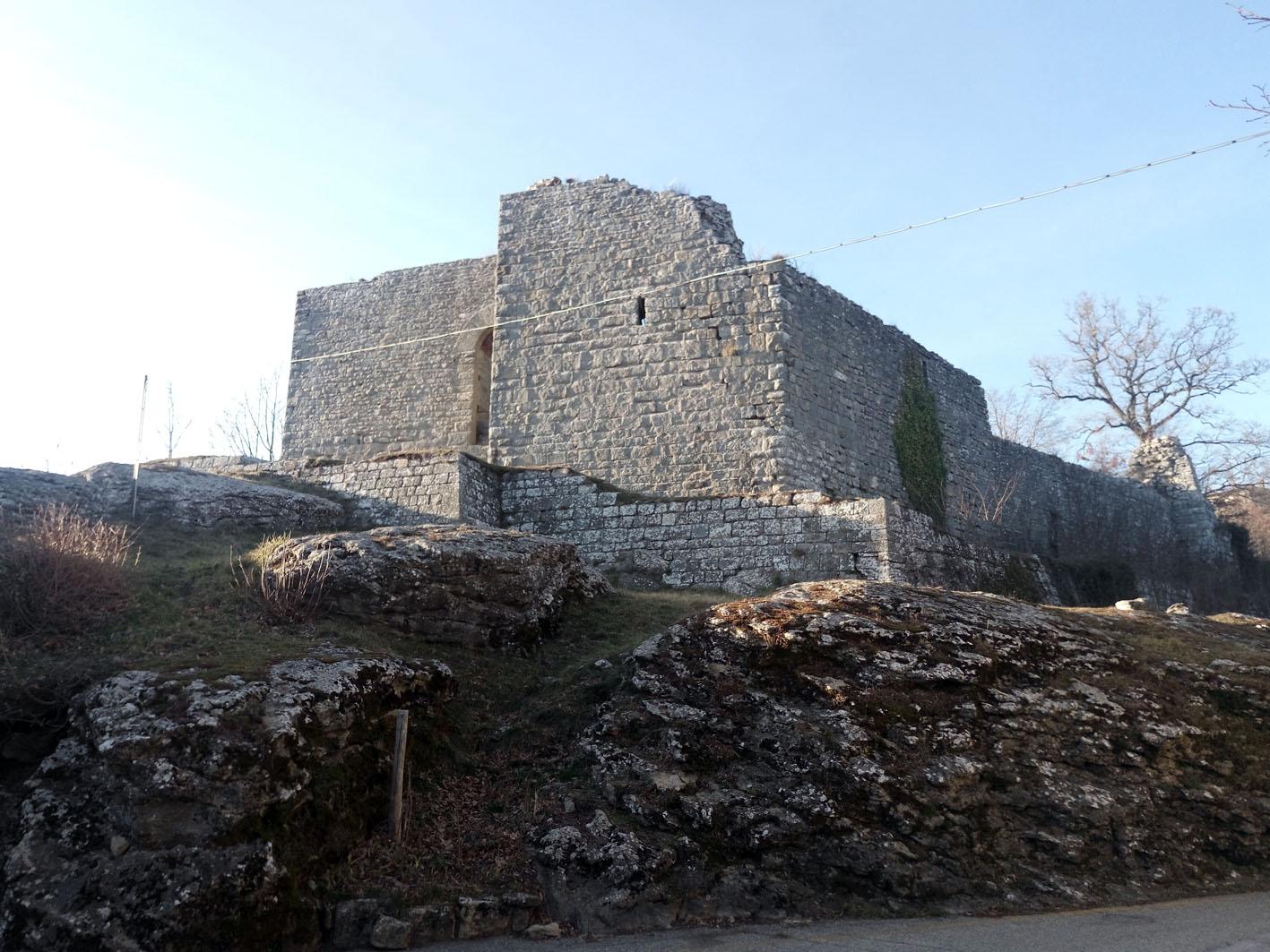 chiusi della verna - castello cattani2