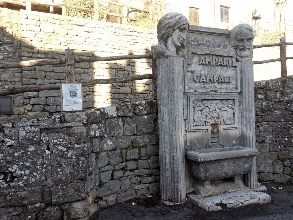 fontana del campari - chiusi della verna